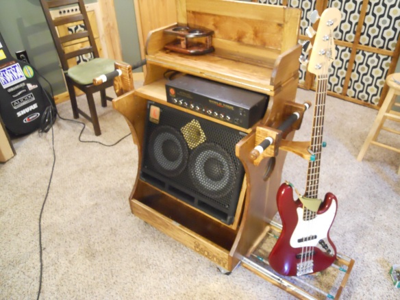 Sawdust Bass amp BEAST